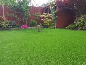 Spine-Shape Landscaping Grass Turf